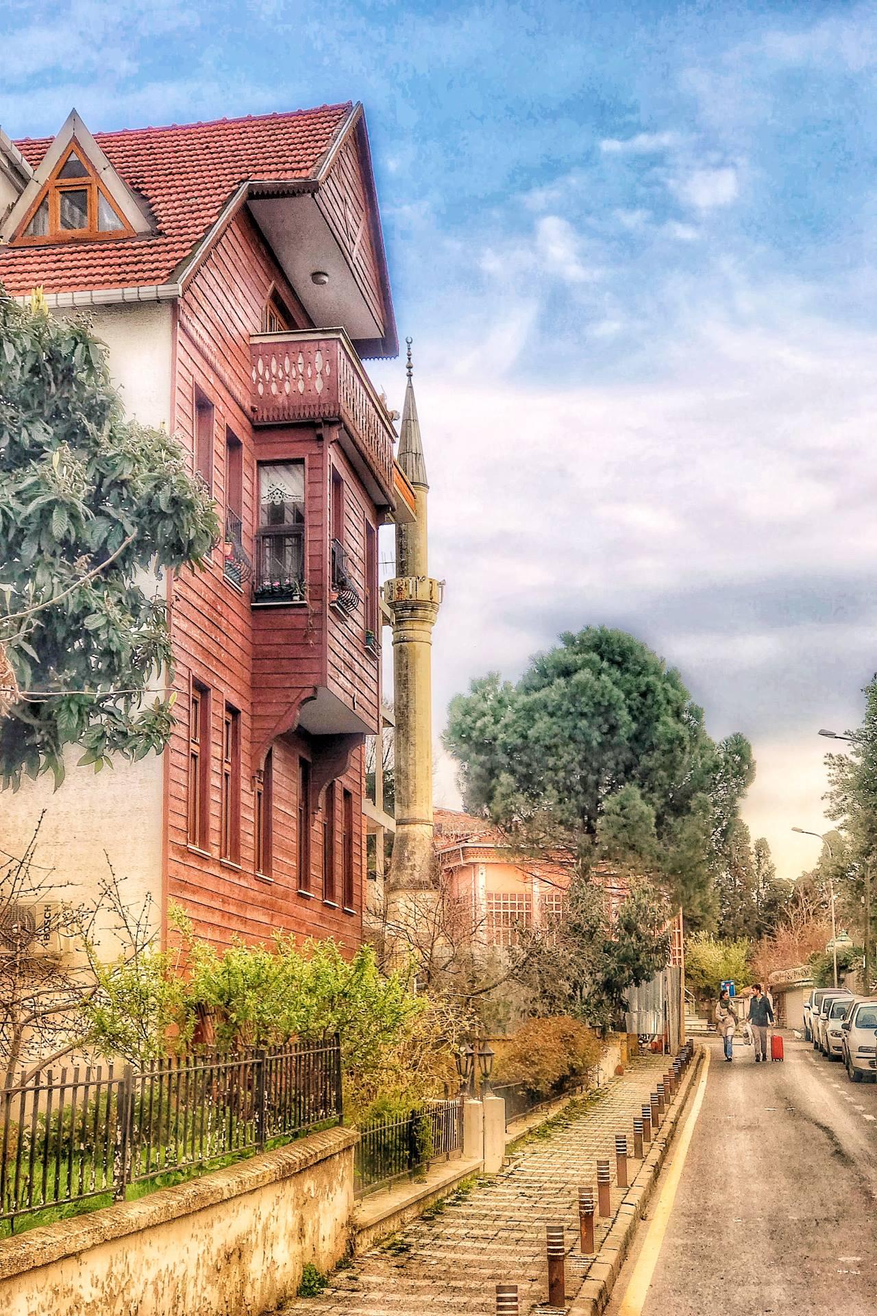 Ahşap evlerin sıcaklığı ve mahalle havası