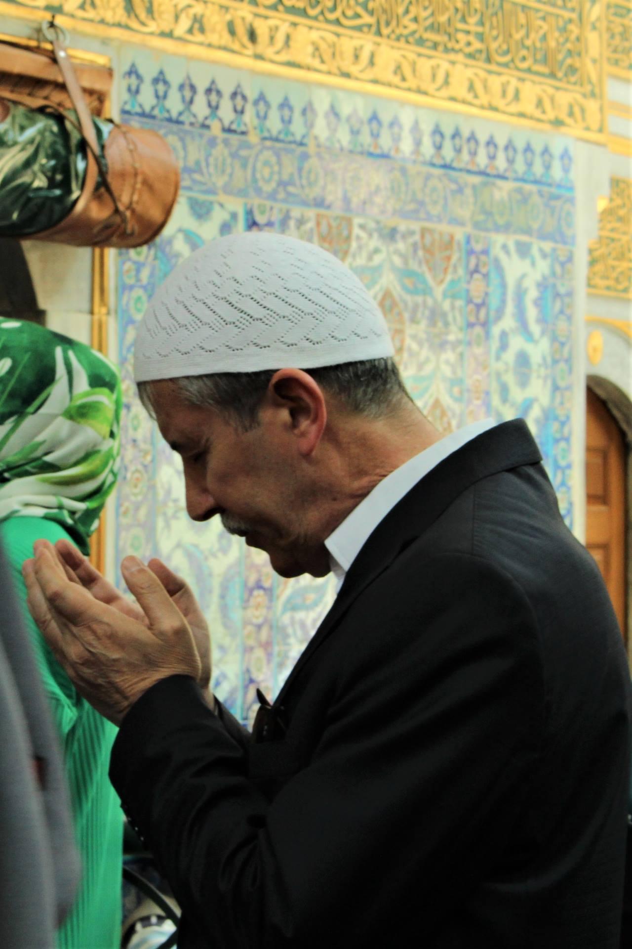 Dua eden adam